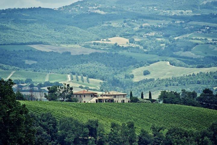 Selvamica: A Charming Italian Villa - Orvieto - Villa