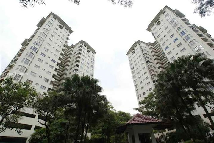 Centrally located, lush and beautiful condo - Kuala Lumpur - Pis