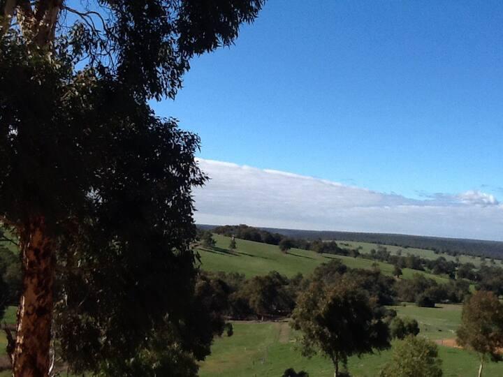 Valley views ,Semi rural, Serenity.