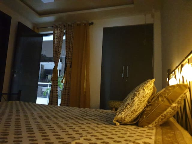 Private 1 BR+balcony Near Aravali Hills,greenfield