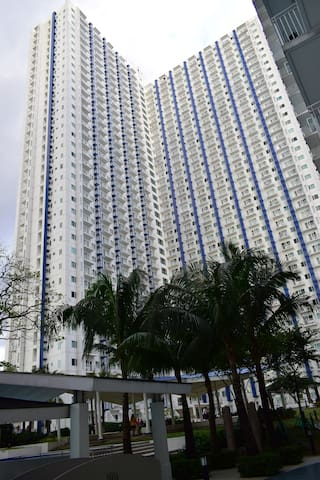 Condo Staycation 2 at the Heart of SM North EDSA