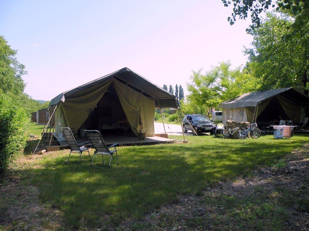 Les 2 tentes Safari Lodge