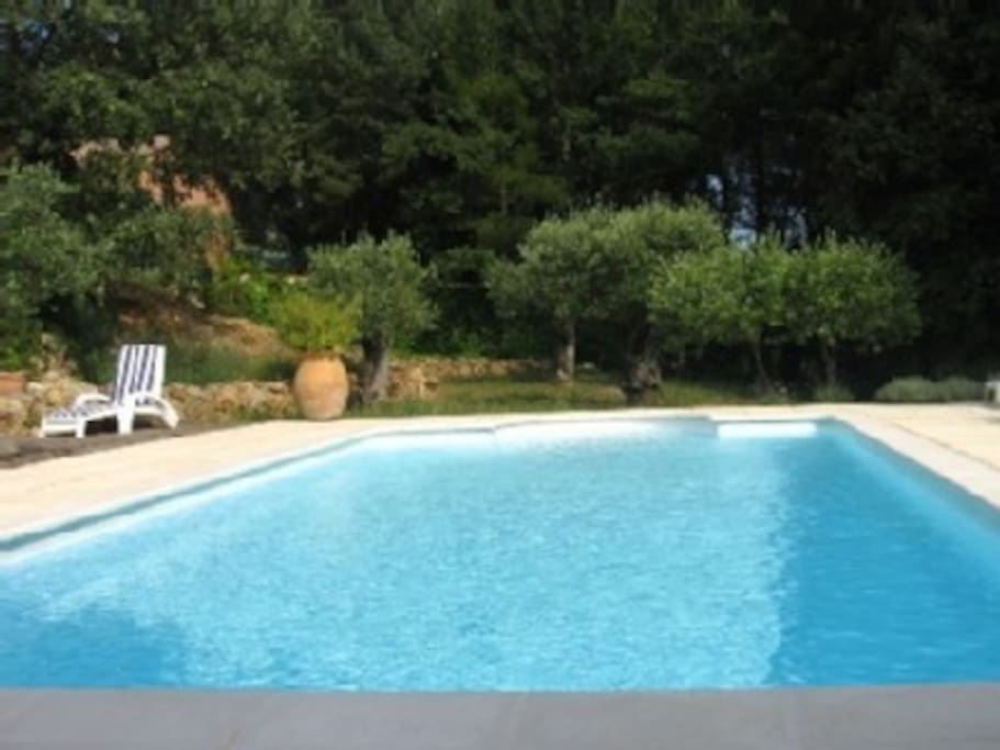 Villa 160 m2 piscine privee casas de campo en alquiler for Piscine de draguignan