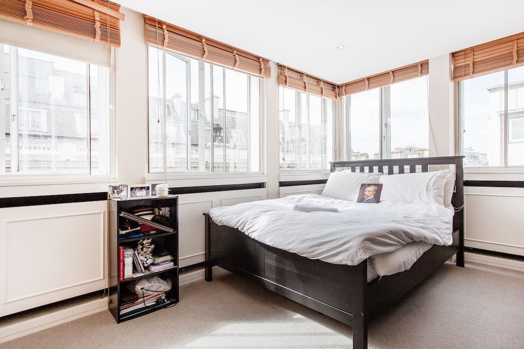 The main bed room (number one) - The natural light will wake you smoothly up in the morning (if you want to)