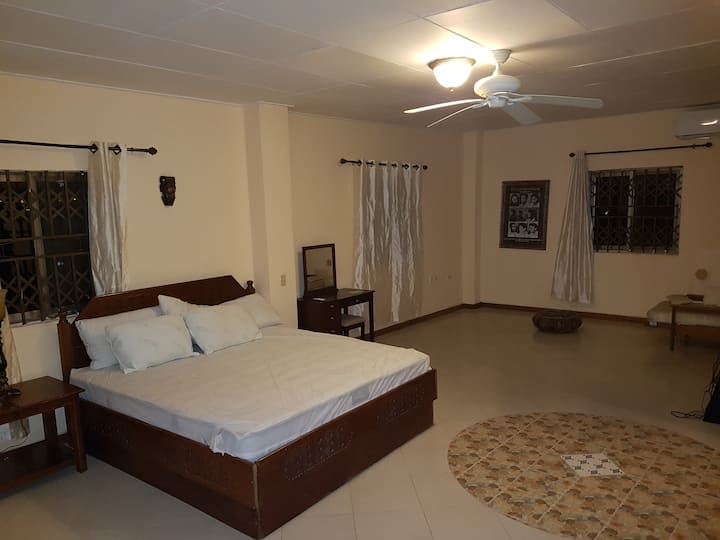 ABUASUA FIE BED AND BREAKFAST