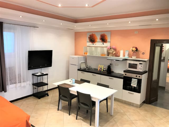 Self contained kitchen with all modern appliances including dish washer. Large screen TV.