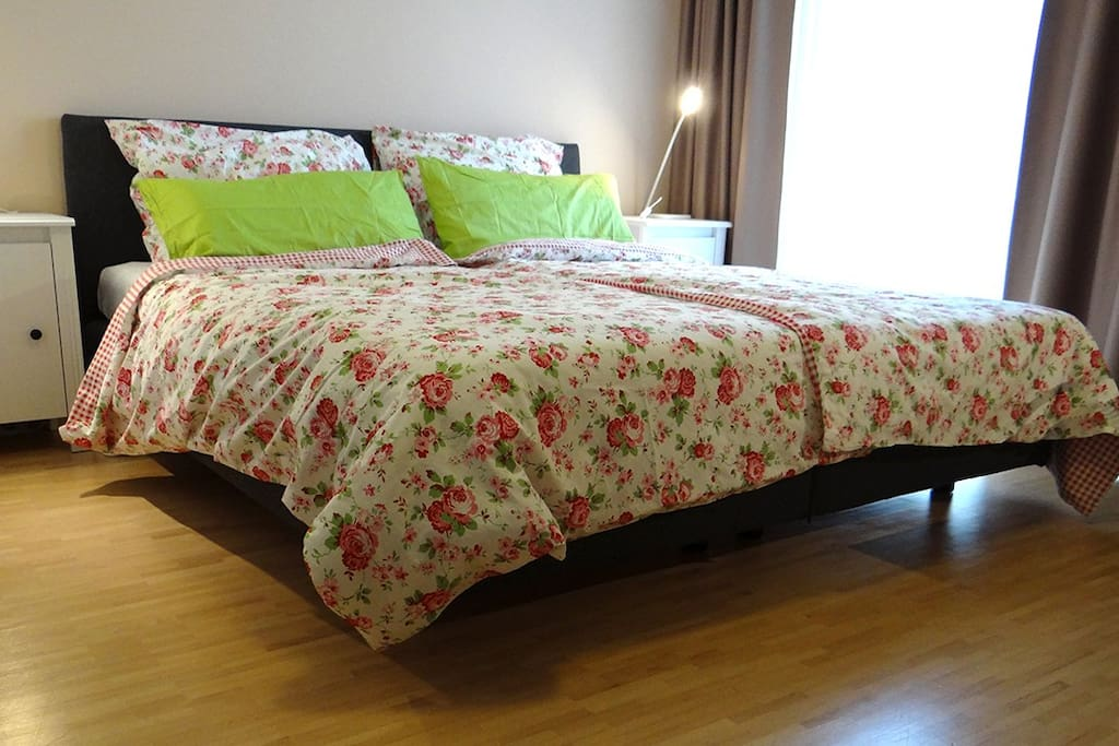 King Size Bett / King Size Bed