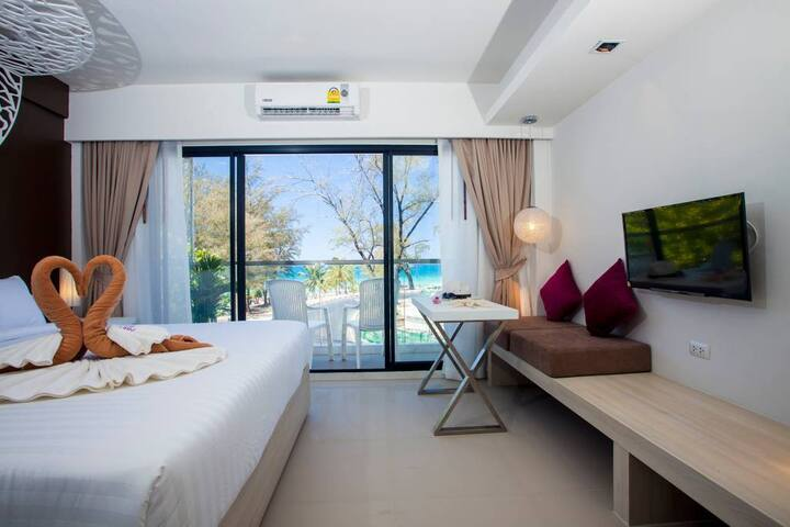 Coral Deluxe Sea View B