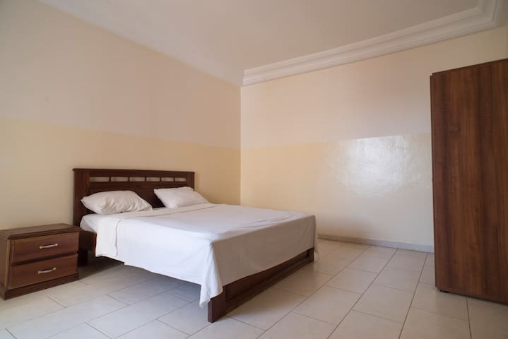 Well equipped one bedroom studio - Dakar - Flat