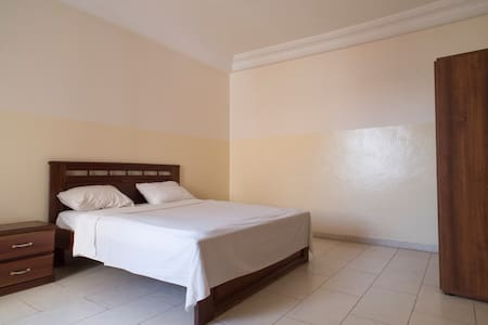Well equipped one bedroom studio - Dakar