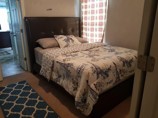 Room2 in Ghant
