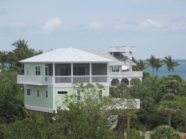 High Tide Retreat on North Captiva Island