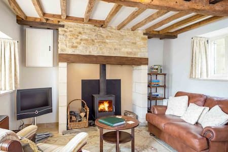 Rose Walk Cottage, Upper Oddington - Upper Oddington - Huis