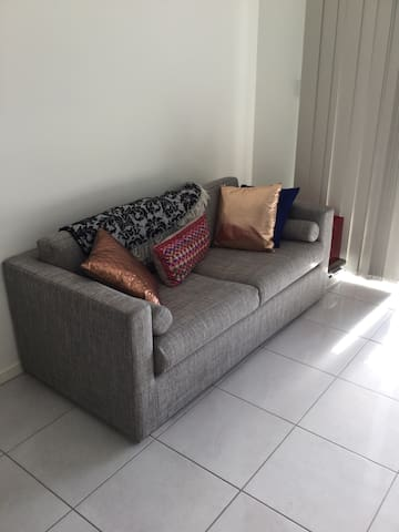 New Apartment Close to Airport - Chermside - Квартира