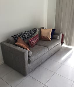 New Apartment Close to Airport - Chermside