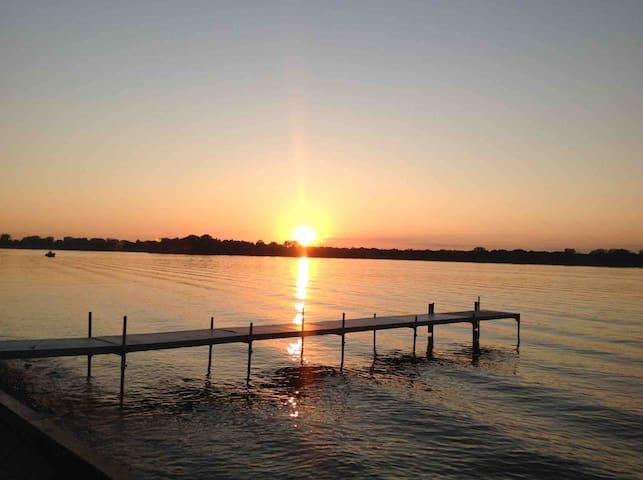 "Million $$$$ View on ""Chain O'Lakes"""