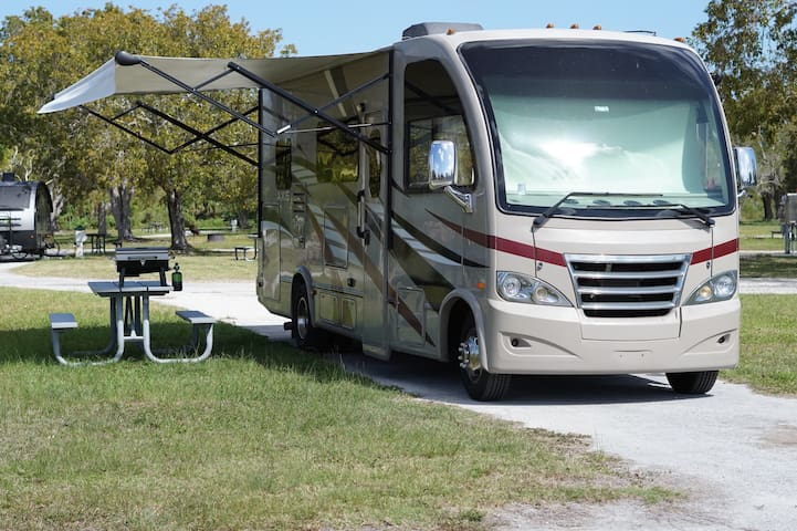 Glamping Pick your location we deliver & set it up