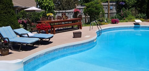The Perfect Retreat - Heated pool May 21 to Oct. 4