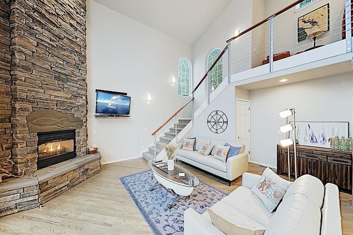 New Listing! Chic Compass House w/ Waterfront Deck