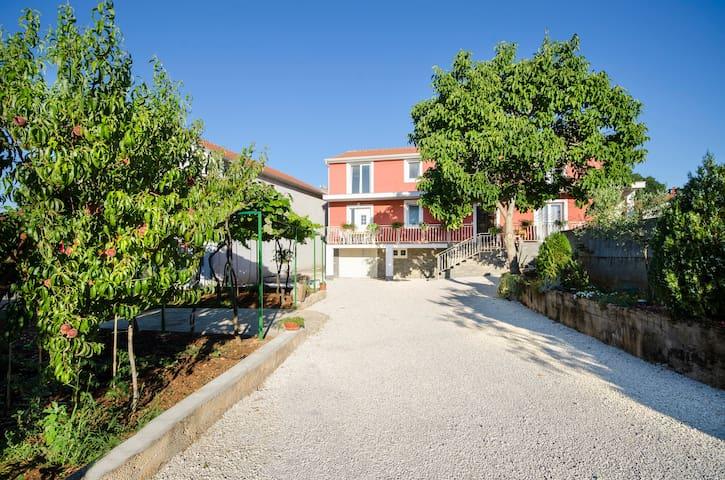 Apartment Zaneto - Rovinjsko Selo - Apartemen