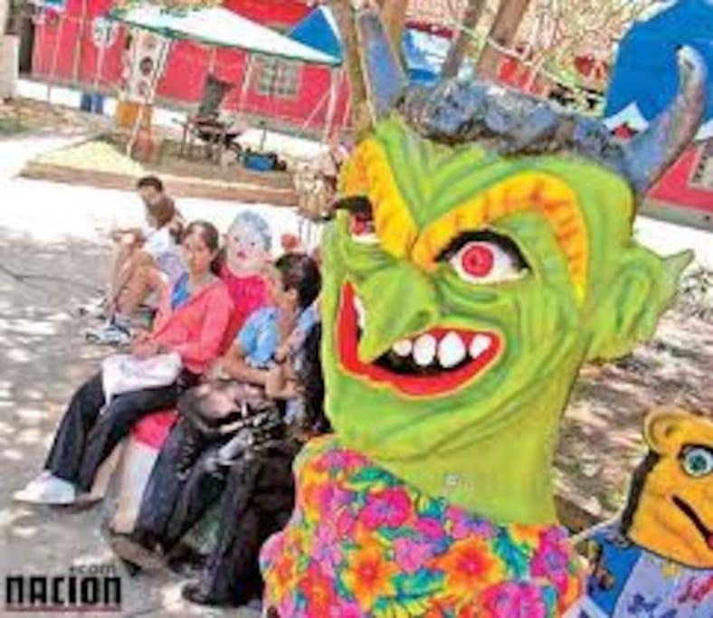 mascaradas tradicionales de Barva