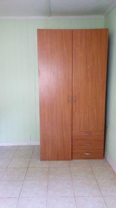 Habitación. Closet.