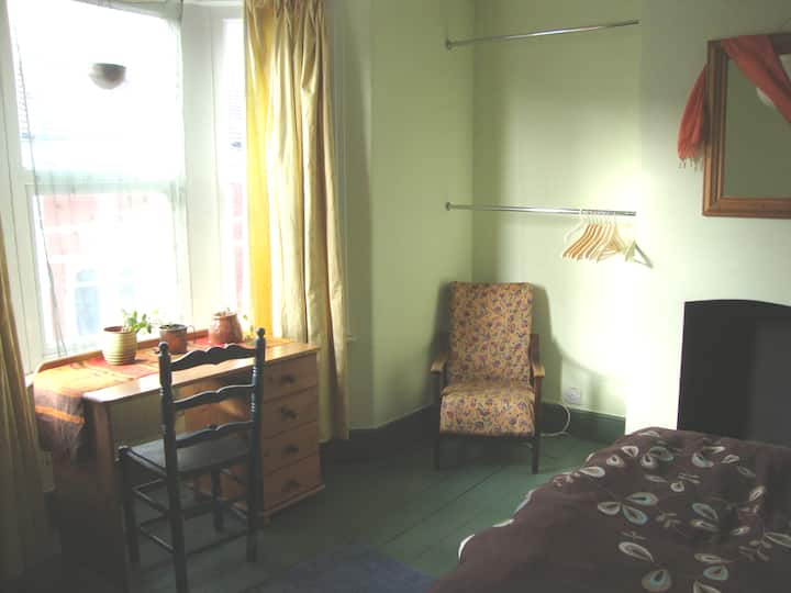 Large light and homely master bedroom in Easton