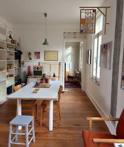Large, charming, historical, unique flat in centre - Bruksela