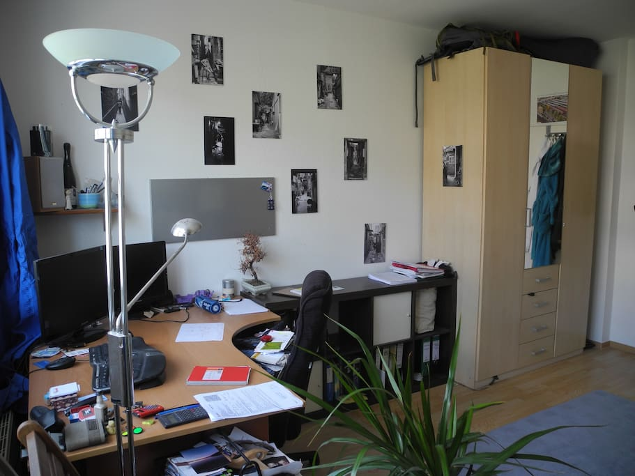1. room (Jan),