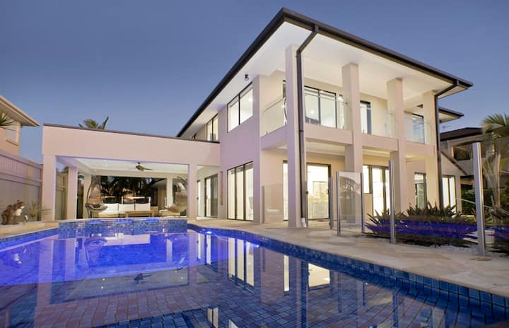 Impressive Midnight Waters Home