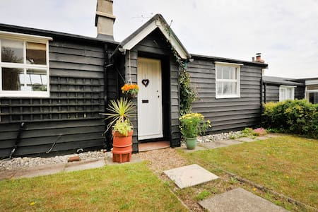 14 The Uplands Cottage - Thorpeness - Cabin