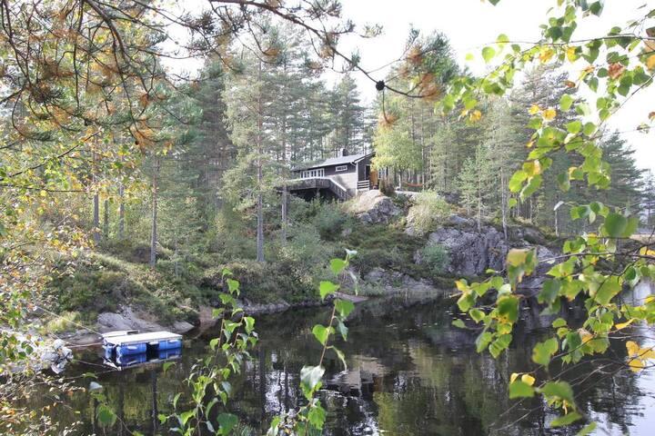 452. Cabin whit cano, Evje/ Kilefjord