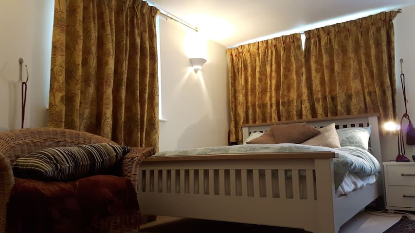 Self Contained Flat, great location - York - Bed & Breakfast