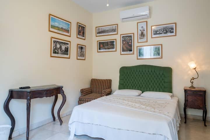 Standard Room in Colonial House, terrace in floor