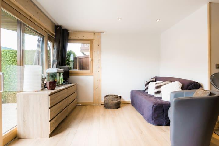 Salon et canapé-lit / living-room