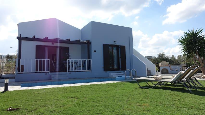 Villa Anna, lieflijk met overweldigend uitzicht