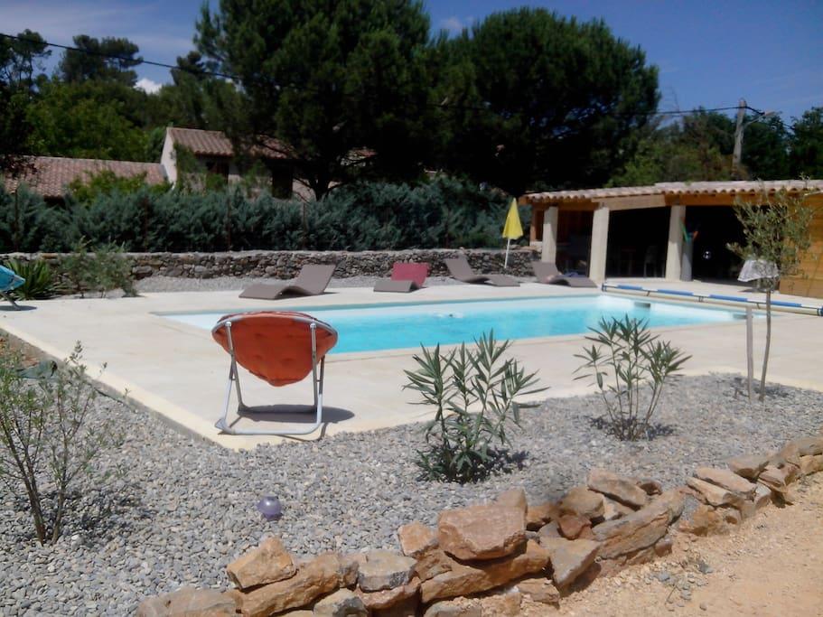 Villa piscine 4 chambres 8 10 personnes villas louer for Piscine saint maximin la sainte baume