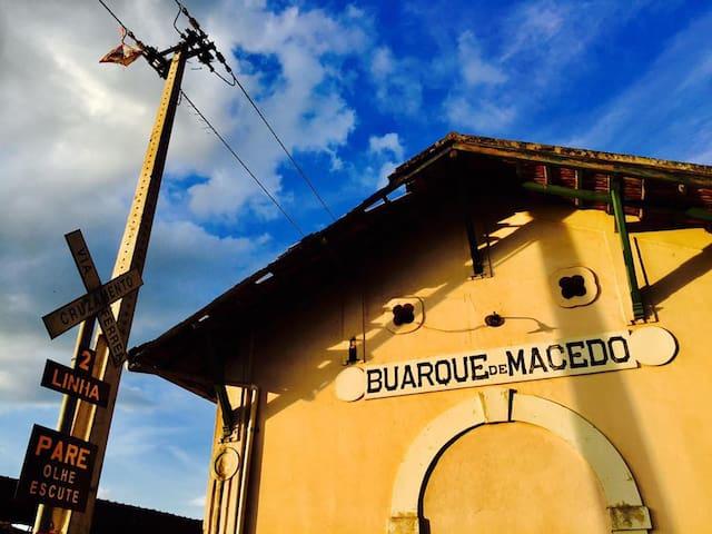 Venha sentir o ar puro do interior de Minas Gerais - Buarque de Macedo