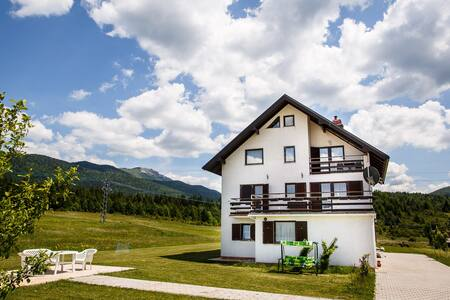 HOUSE PLJEŠEVICA - room LIKA - Kapela Korenička