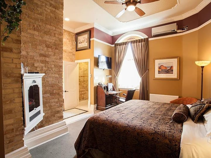King Edward Room at The Clocktower Inn