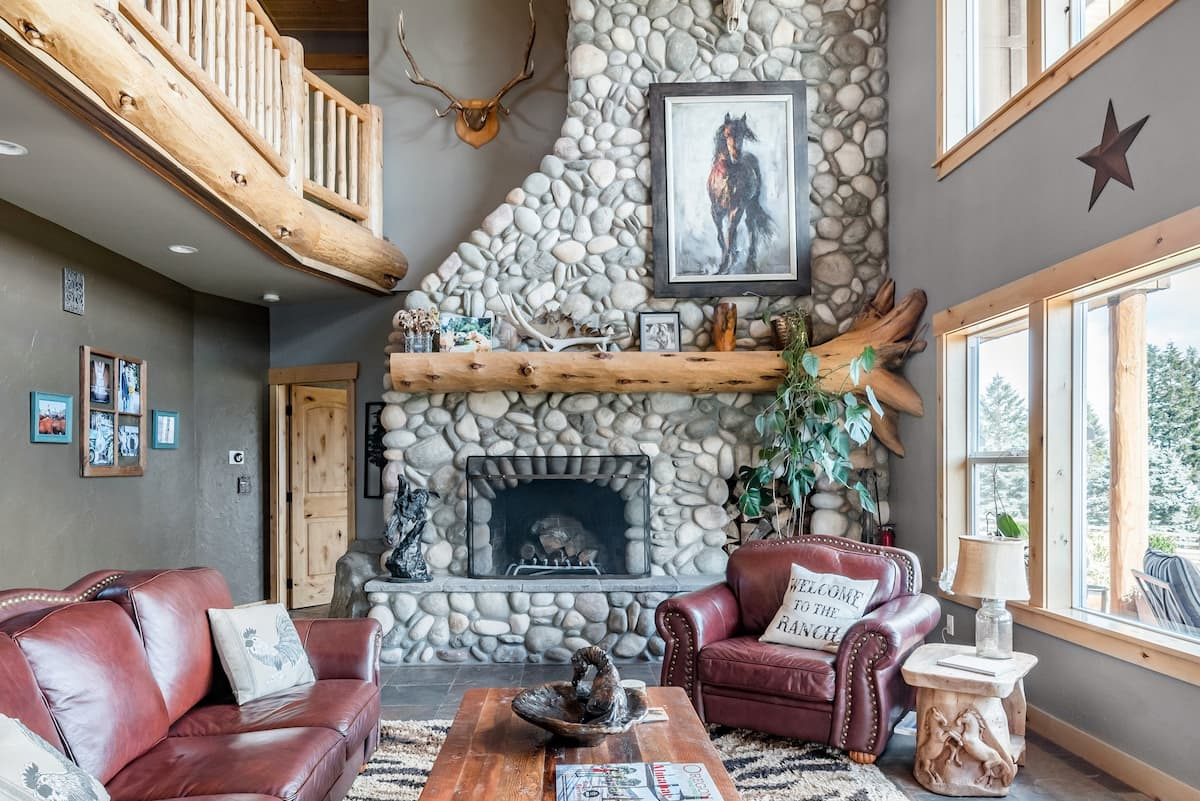 Explore Wine Country at a Rustic, Lodge-Style Retreat