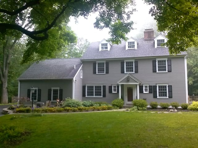 Room colonial house (New Bath) - Pound Ridge - Huis
