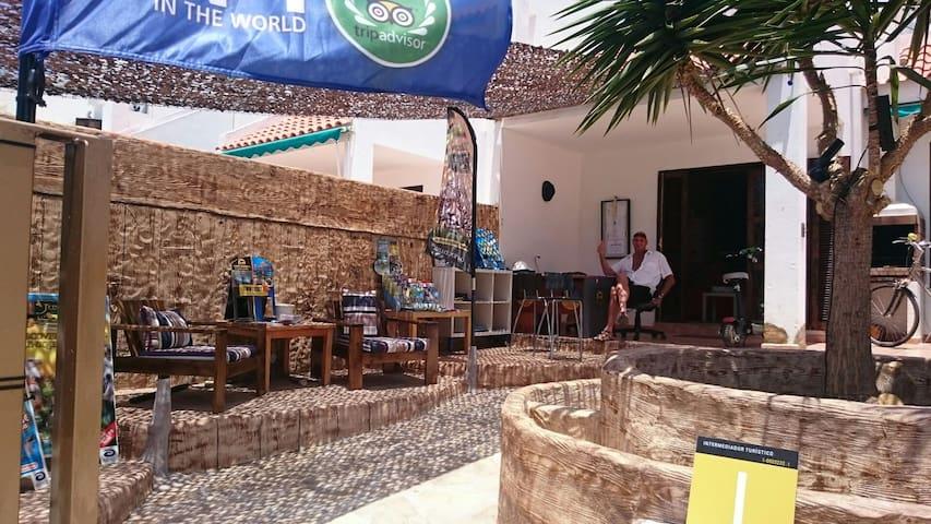 Hostel la Playa, - Costa Adeje - Bed & Breakfast