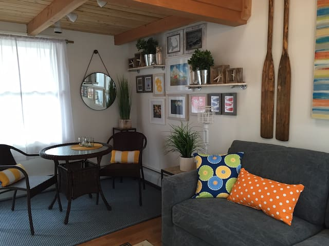 Art & Style await on the East End - Provincetown - Appartement