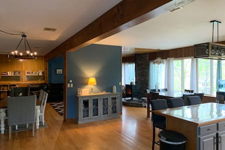 Large Family home in Historic Fort Montgomery NY