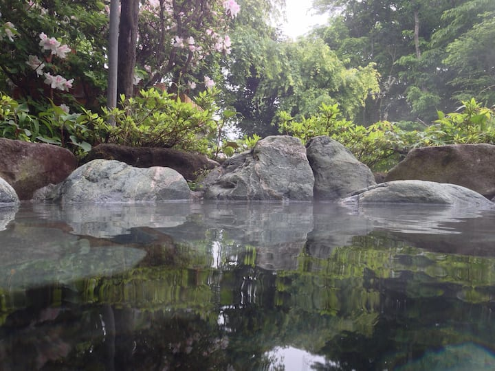 Private hot-spring house in Hakone Kowakudani