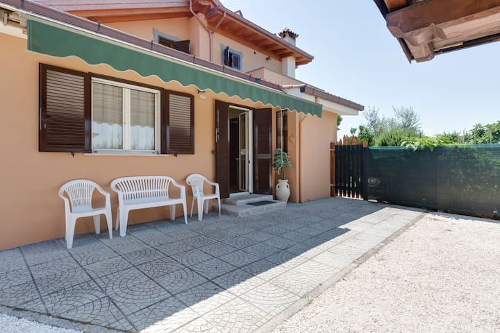 """A due passi"" - Apartment near Rome - Ciampino - Casa"