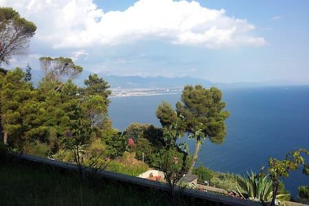 Casa al mare Bocca di Magra - piscina condominiale - Ameglia