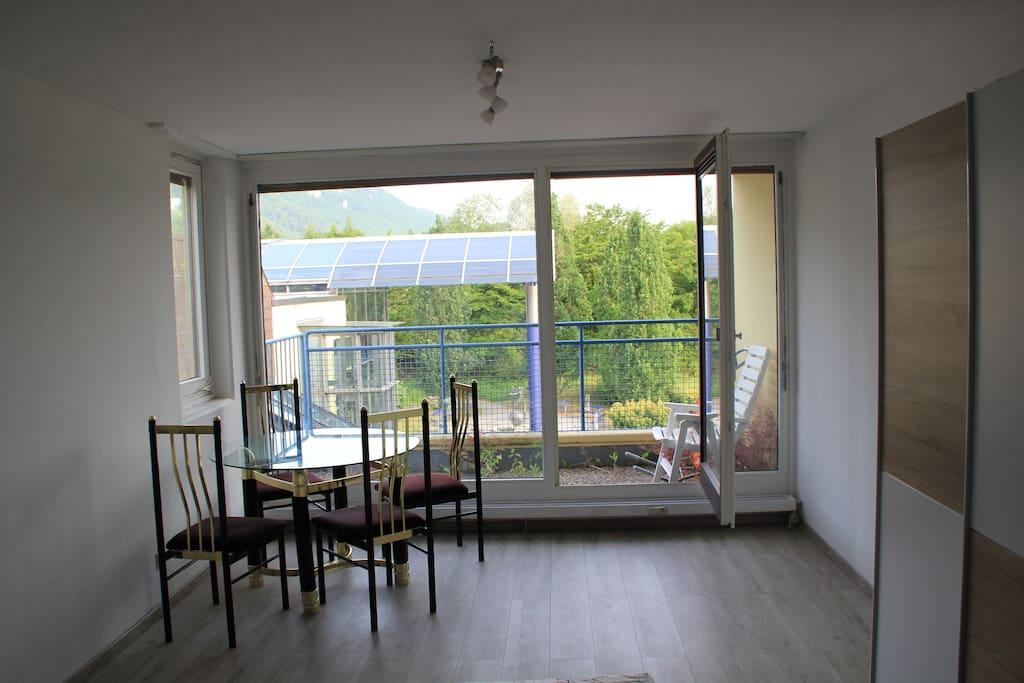 Sitzecke & Balkon