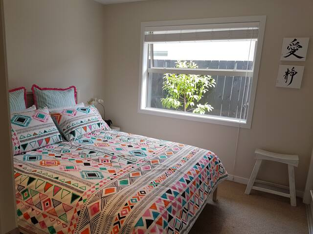 Inner Sanctum - Papamoa - Bed & Breakfast